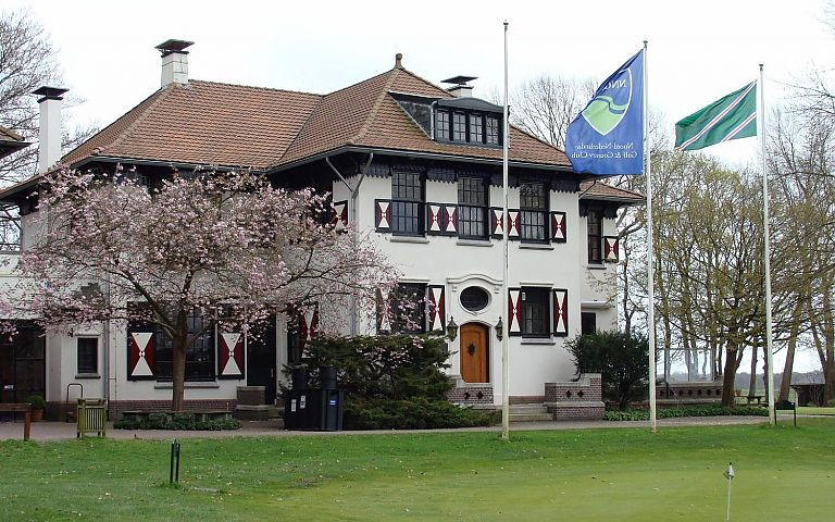 Clubhuis van de Noord Nederlandse Golf & Country Club